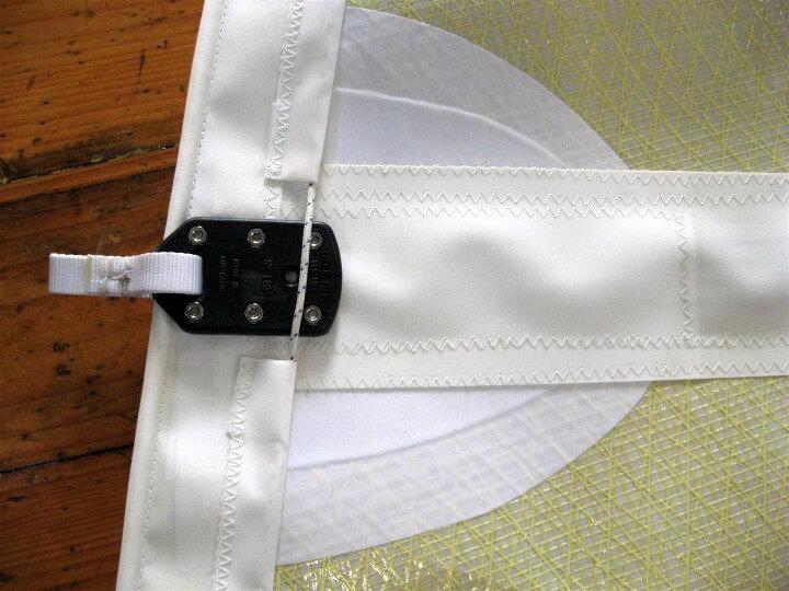 Batten pocket detail